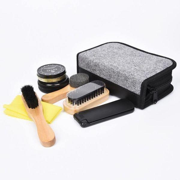 4a36f922efe Cestovní sada na čištění obuvi - Vybavení pro úklid